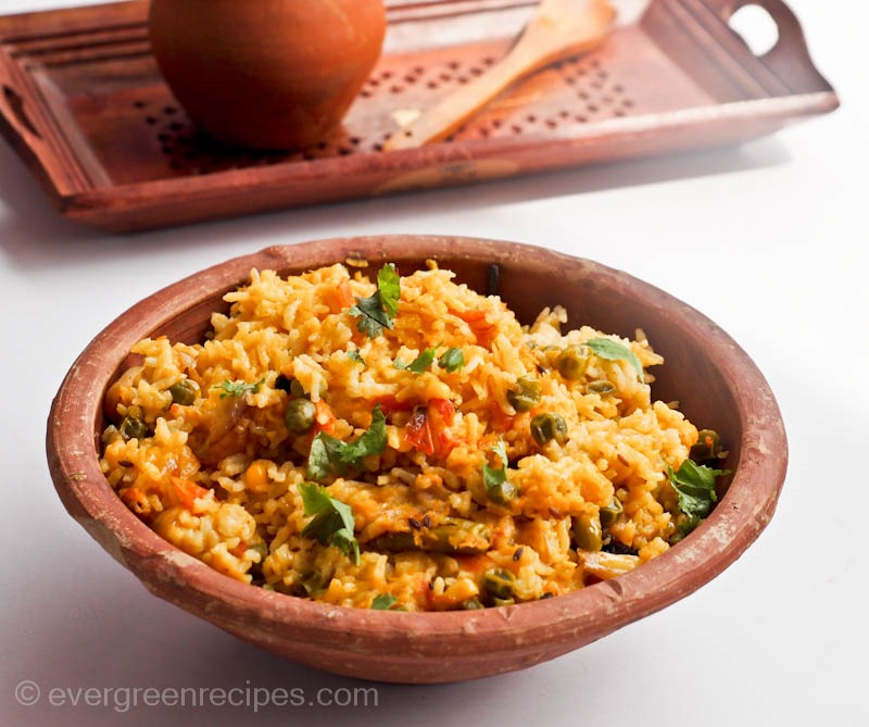 Masoor Dal Khichdi Recipe (Pink Lentils Cooked With Rice)